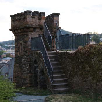 Aussichtsturm mit Blick auf die Saarburger Altstadt